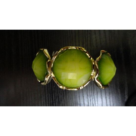 Zöld köves karkötő