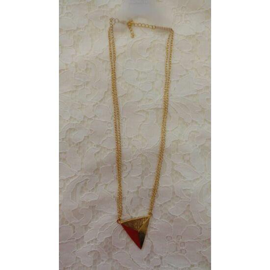 Piramis medálú arany hosszú nyaklánc