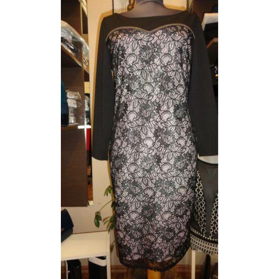 Fekete alapon csipke alakformáló alkalmi ruha