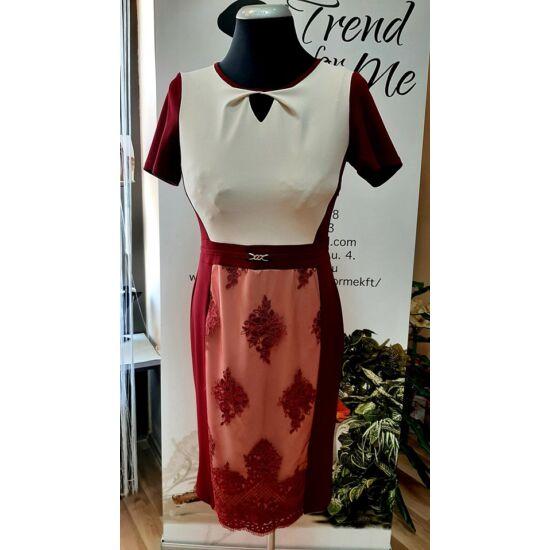 Szöszy jersey alul csipke díszítésű alakformáló ruha bordó színben