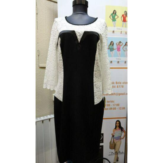 Szöszy fehér csipketétes fekete ruha
