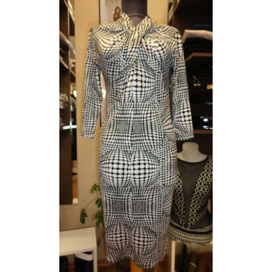 Envy fekete - fehér mintás mell részen csavart ruha
