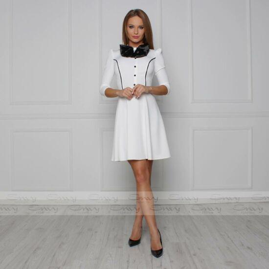 Envy  fehér nyakán szatén masnis A-vonalú ruha