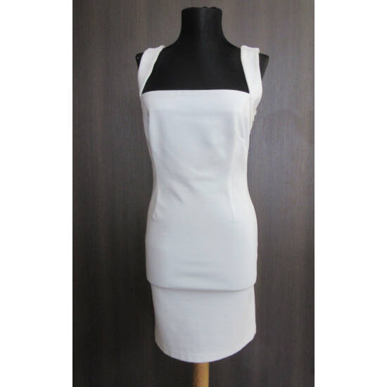 Envy fehér, hátán csipkebetétes alkalmi ruha