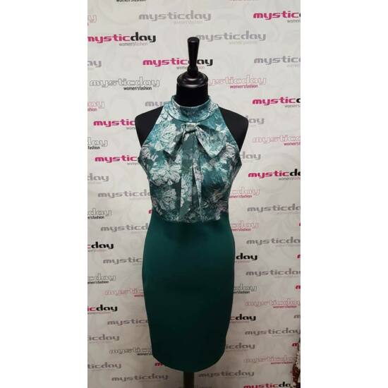 Mystic Day zöld mintás alakformáló ruha nyakán masnival