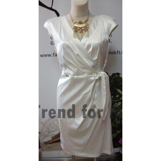 Mystic Day fehér derekán masnis alakformáló ruha
