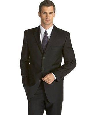 999087d0d4 Hölgyeknek a Black Tie öltözet mellett kevésbé ünnepélyes ruha (kisestélyi,  vagy koktél ruha) is viselhető.